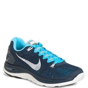 best sneakers 790fe 78af2 Nike Shoes - NEAR MINT Nike lunarglide 5 men s size 13 navy